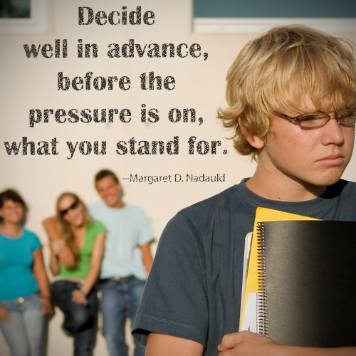 decide-advance-pressure-JS