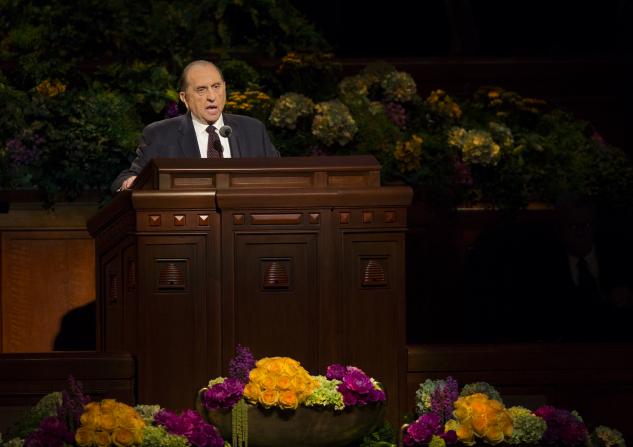Thomas Monson speaking at Mormon General Conference