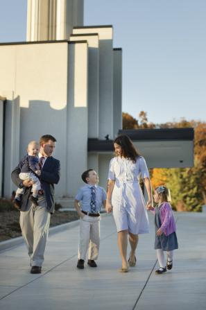 Family at Atlanta Mormon temple