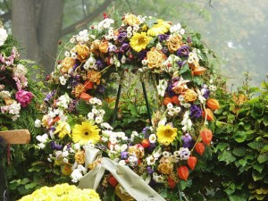 funeral wreath at cemetery