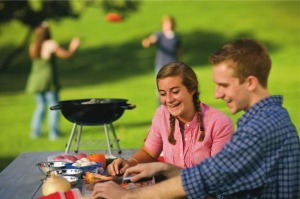 teenagers-grilling-park-745565-gallery