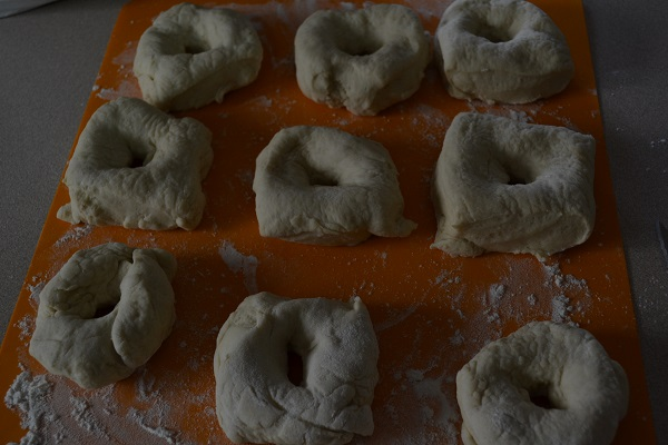 Making Bagels - Picture 4