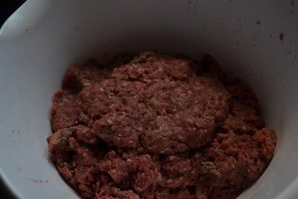 Making Hamburgers - Picture 7