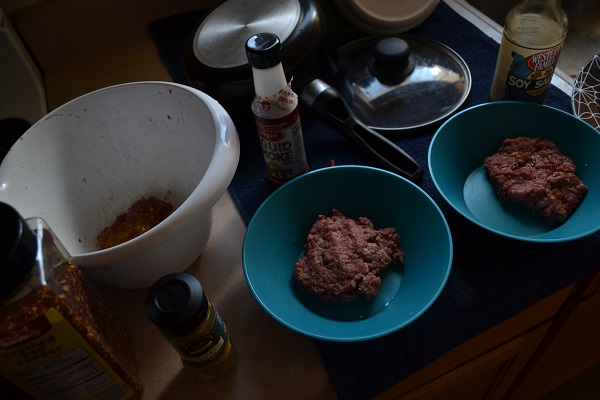 Making Hamburgers - Picture 8