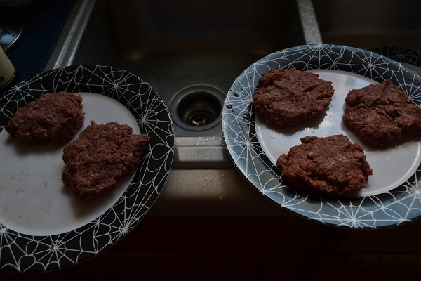 Making Hamburgers - Picture 9