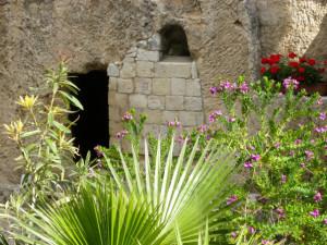 garden-tomb-929388-gallery