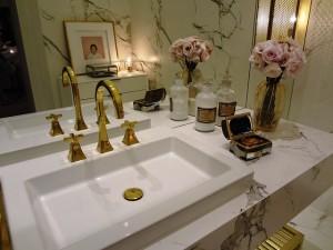 bathroom-809820_640