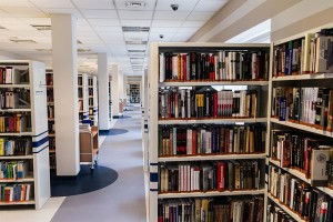 library-488691_640