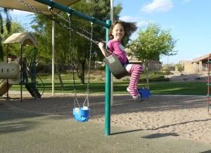 little-girl-735070_640