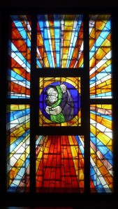 stained-glass-window-180279_640