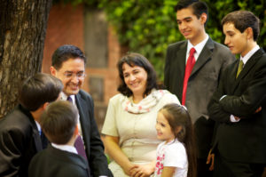 family-outdoors-argentina-1081097-gallery
